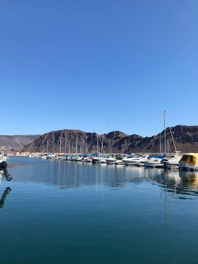 Bến thuyền ở Lake Mead